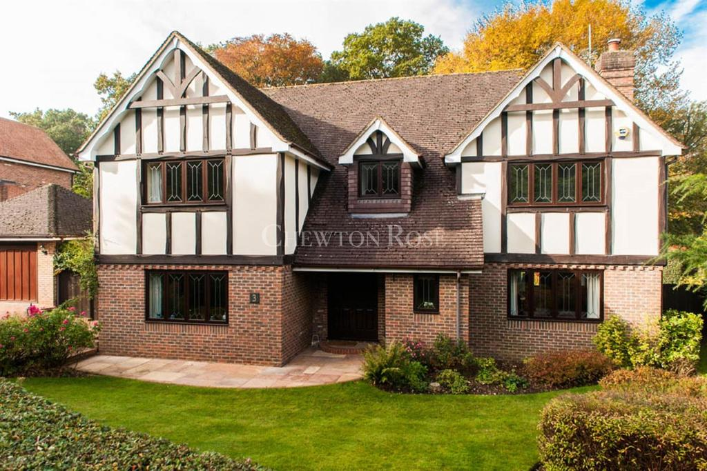 5 Bedrooms Detached House for sale in Beaconsfield, Buckinghamshire