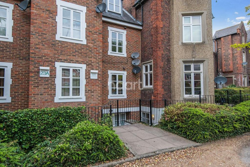 1 Bedroom Flat for sale in Stoke House, Upton Park