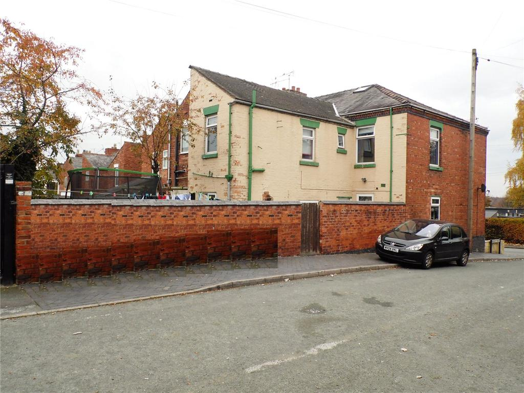 3 Bedrooms End Of Terrace House for sale in Broad Street, Crewe, Cheshire, CW1