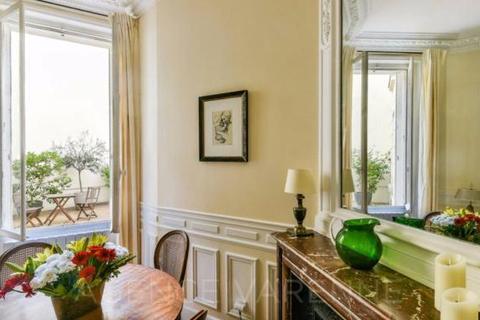 2 bedroom house  - Rue Servandoni, Saint Sulpice, Paris