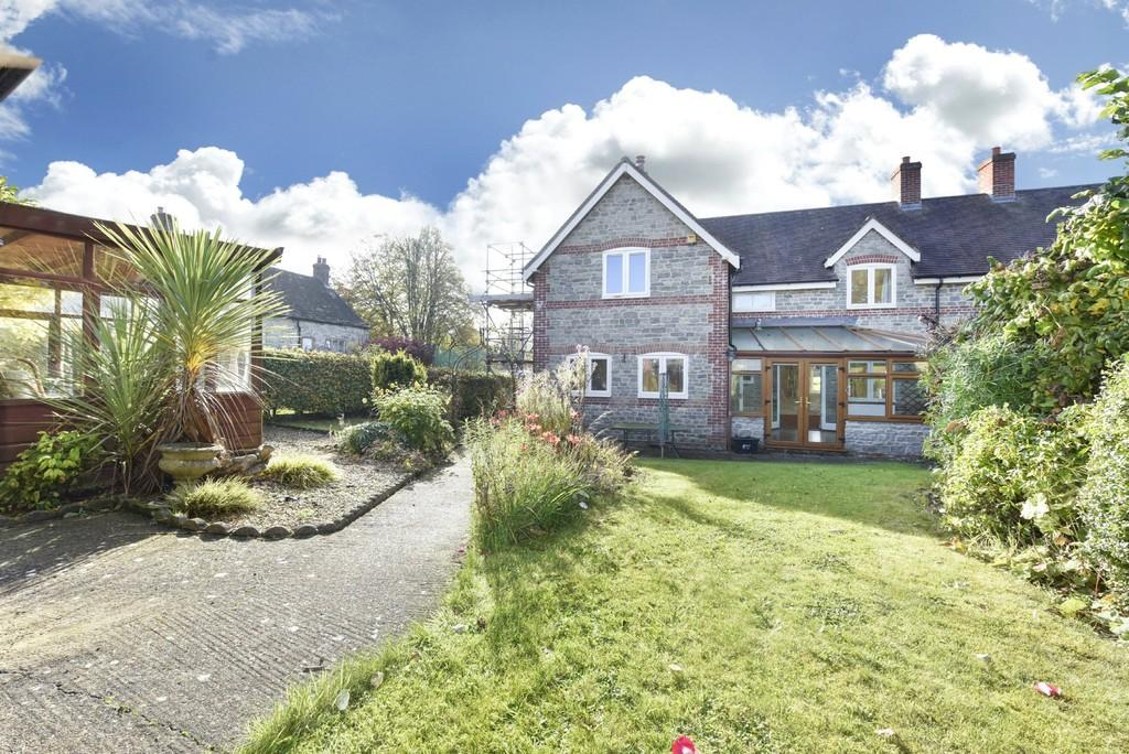 4 Bedrooms Semi Detached House for sale in Church Street, Maiden Bradley