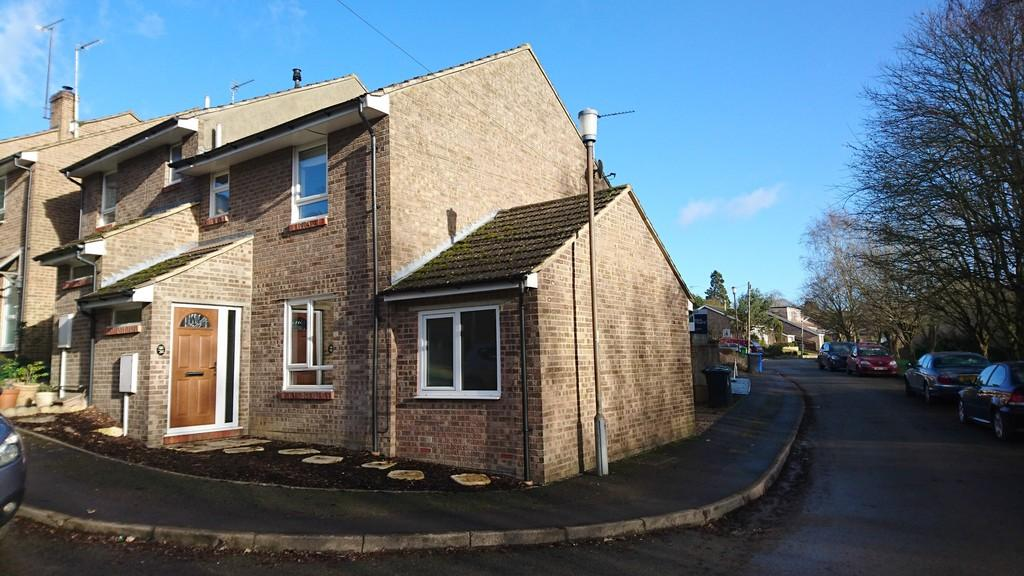 3 Bedrooms Semi Detached House for sale in Portway Drive, Croughton