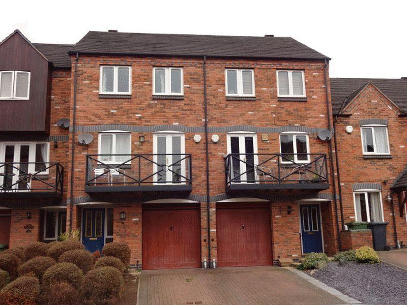 4 Bedrooms Terraced House for sale in Round Hill Wharf, Kidderminster DY11 6US