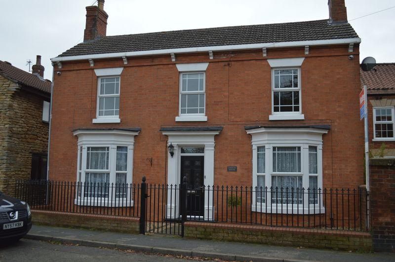 3 Bedrooms Detached House for sale in High Street, WADDINGTON
