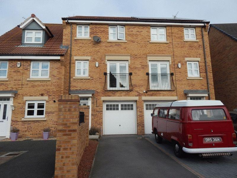 4 Bedrooms Terraced House for sale in Sandringham Meadows, Blyth