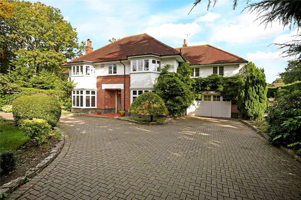 5 Bedrooms Detached House for sale in Roslin Road South, Talbot Woods, Bournemouth, BH3