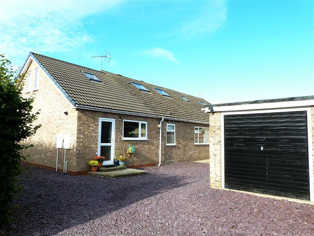 5 Bedrooms Semi Detached House for sale in Sherbuttgate Road North, Pocklington