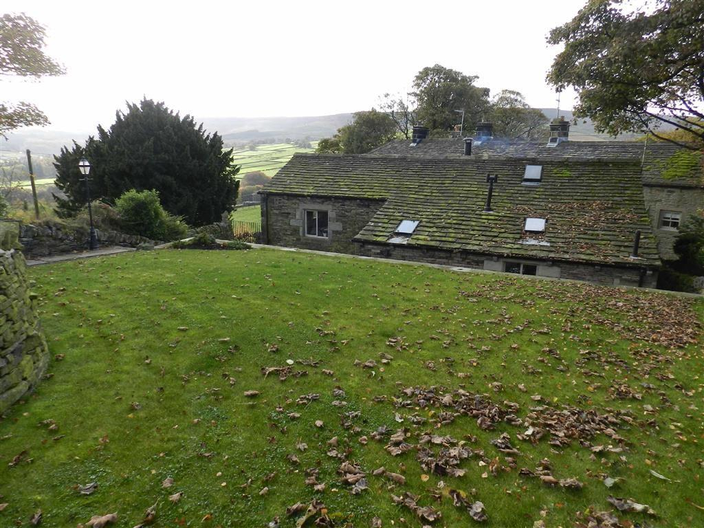 4 Bedrooms Detached House for sale in Austonley, Holmbridge, Holmfirth, HD9