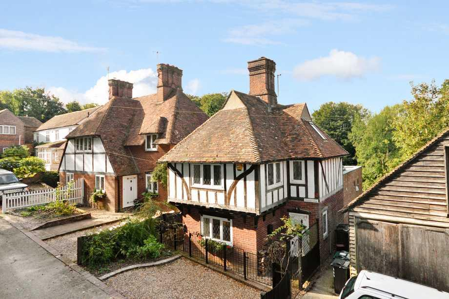 2 Bedrooms Detached House for sale in Chilham, CT4