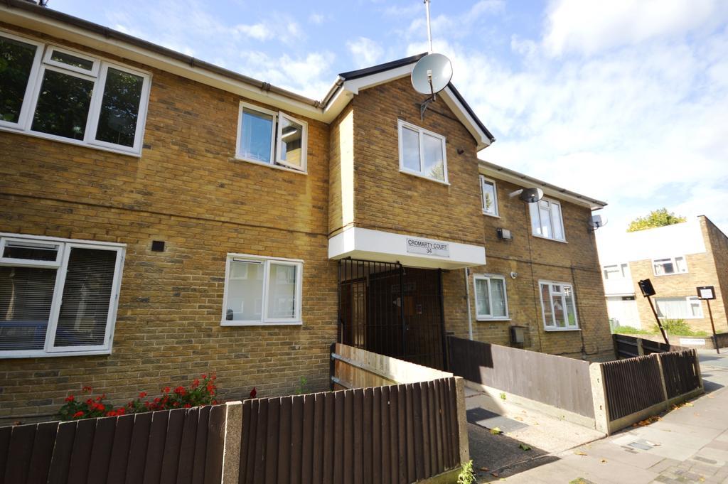 1 Bedroom Flat for sale in St. Matthew's Road London SW2