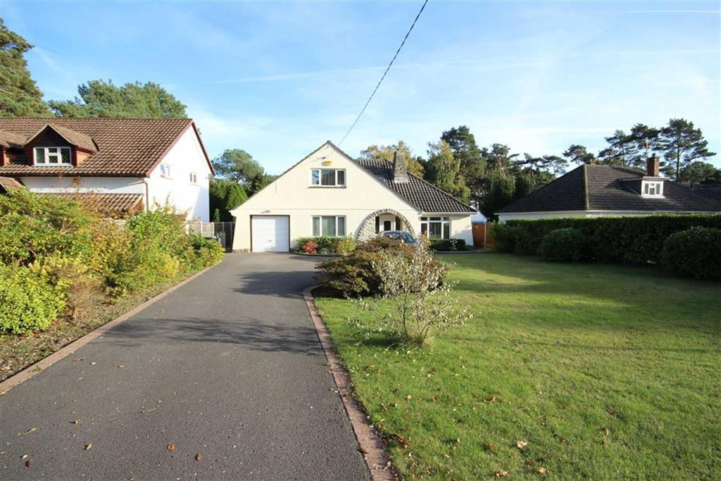 5 Bedrooms Detached Bungalow for sale in Dudsbury Road, Ferndown, Dorset