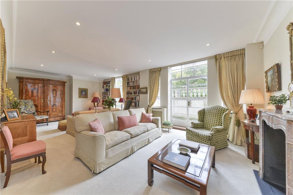 3 Bedrooms Flat for sale in Princes Gate, Knightsbridge, London, SW7