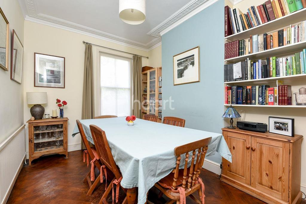 3 Bedrooms Terraced House for sale in Mayall Road, Herne Hill, SE24