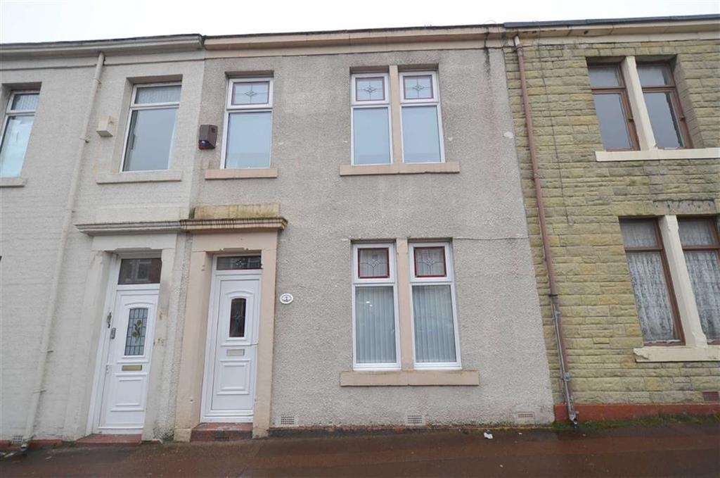 3 Bedrooms Terraced House for sale in Lincoln Street, NE8