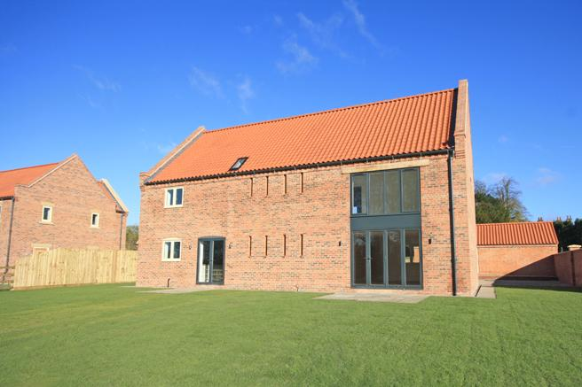 4 Bedrooms Detached House for sale in New Manor Barn, Church Lane, Hockerton, Nottinghamshire NG25 0FW