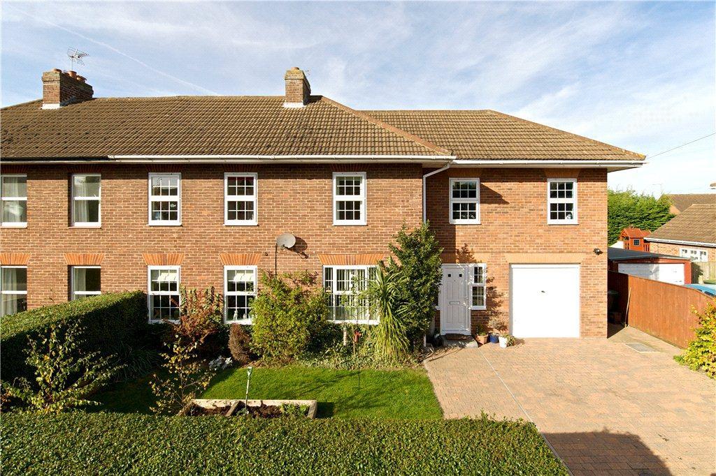 4 Bedrooms Unique Property for sale in Burrows Close, Woburn Sands, Milton Keynes, Buckinghamshire