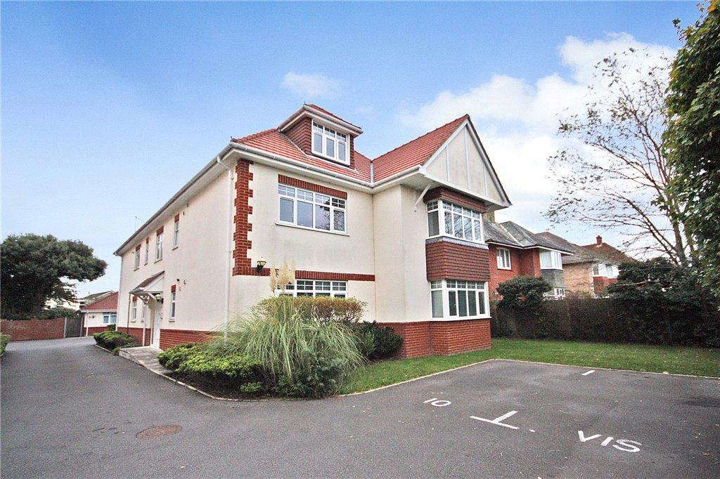 2 Bedrooms Flat for sale in Tower View, 19 Seafield Road, Bournemouth, Dorset, BH6