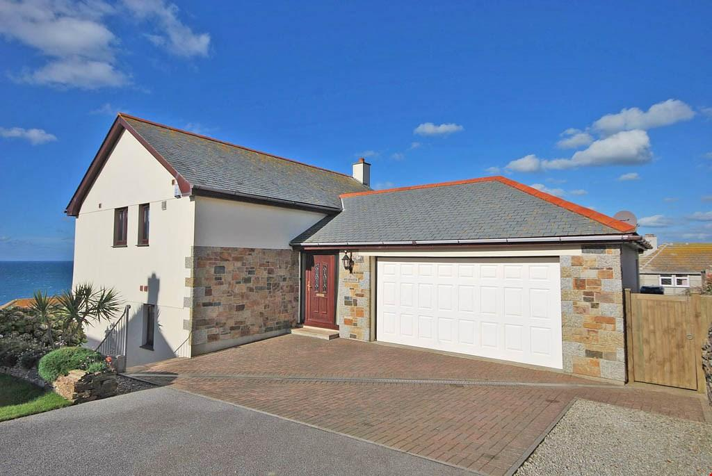 4 Bedrooms Detached House for sale in Porthleven,Helston, Cornwall, TR13