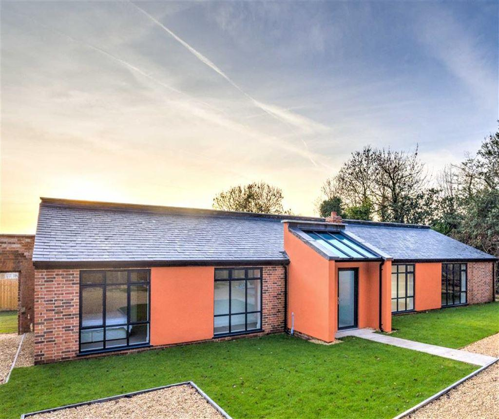 3 Bedrooms Detached Bungalow for sale in Apperley, Gloucestershire