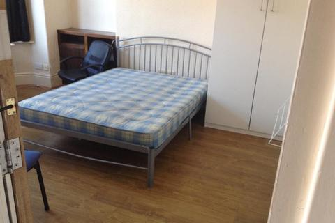 5 bedroom house share to rent - Kensington Ave, Victoria Park, Manchester M14