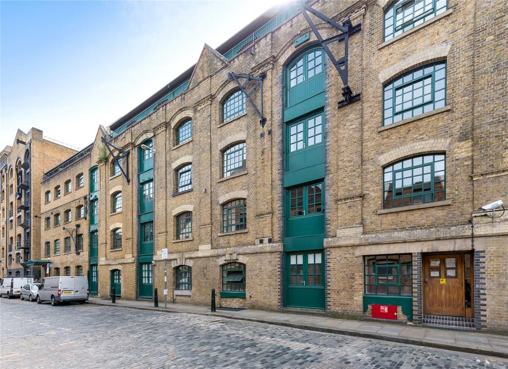 2 Bedrooms Apartment Flat for sale in Great Jubilee Wharf, 78 Wapping Wall, London, E1W