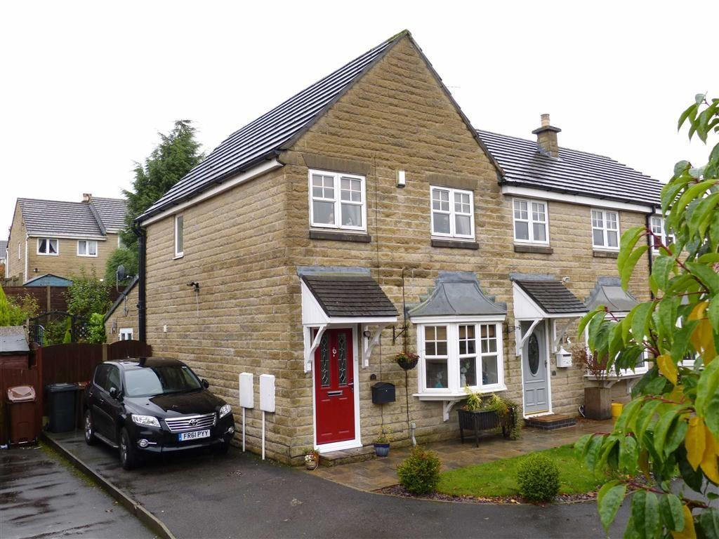 3 Bedrooms Semi Detached House for sale in Ehlinger Avenue, Hadfield, Glossop