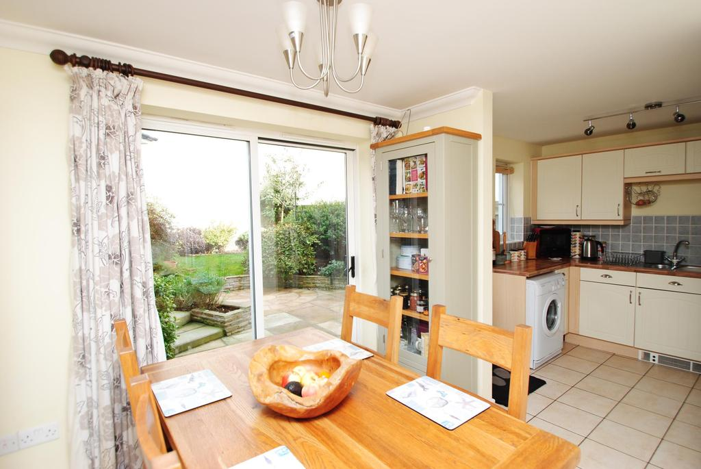 3 Bedrooms Semi Detached House for sale in Elms Meadow, Winkleigh