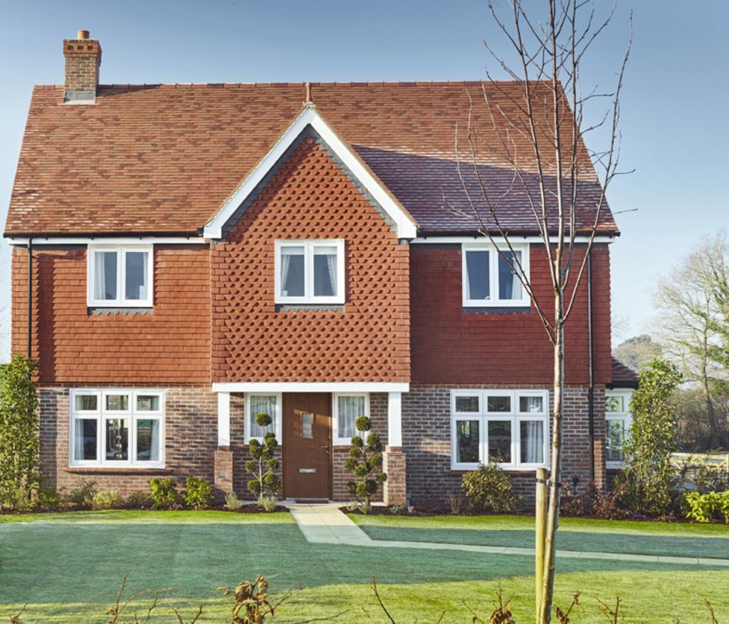 4 Bedrooms Detached House for sale in Storrington Road, Thakeham