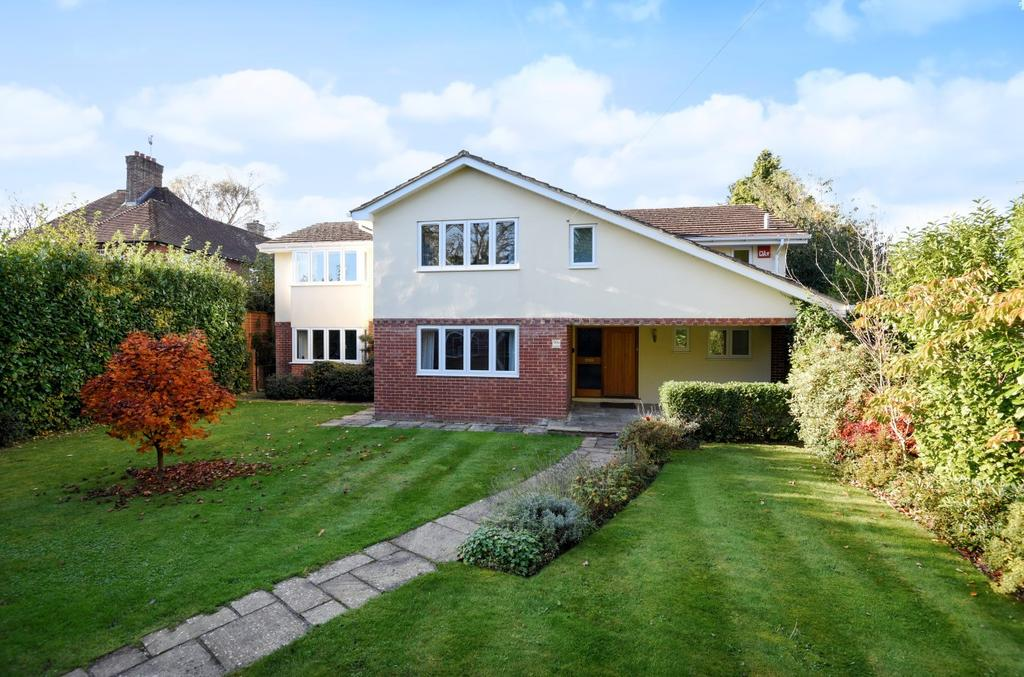 6 Bedrooms Detached House for sale in Ramshill, Petersfield, GU31