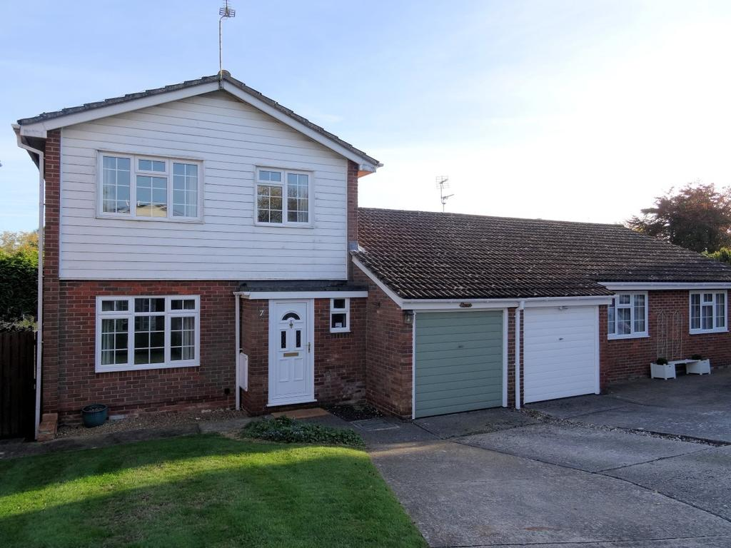 3 Bedrooms House for sale in Ramsholt Close, North Waltham