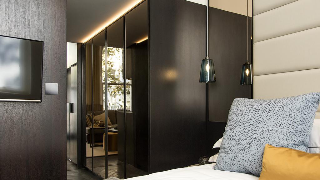 1 Bedroom Flat for sale in Beaufort Gardens, London. SW3