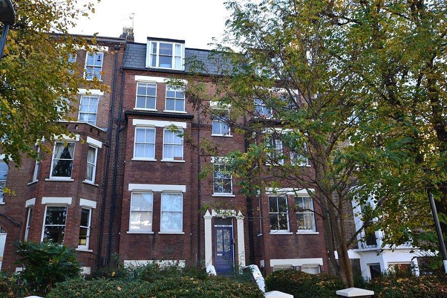 1 Bedroom Flat for sale in Walton House, Thane Villas, Holloway, London, N7