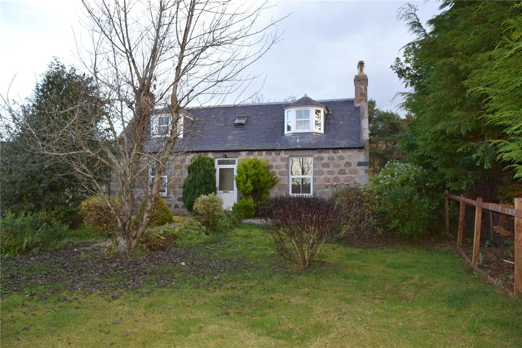 2 Bedrooms Detached House for sale in Watererne Farmhouse, Tarland, Aboyne, Aberdeenshire