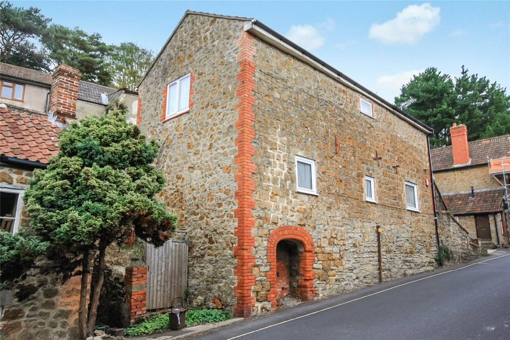 1 Bedroom Apartment Flat for sale in East Street, Ilminster, Somerset, TA19