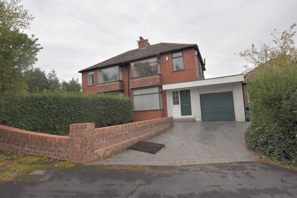 3 Bedrooms Semi Detached House for sale in Overdale Road, Disley, Stockport