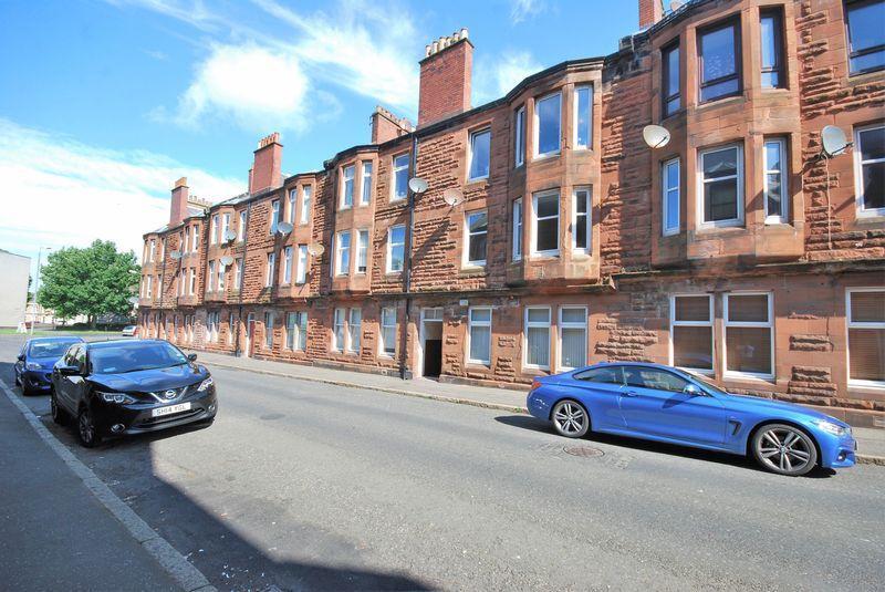 2 Bedrooms Flat for sale in 5c Craigie Avenue, Ayr, KA8 0EQ