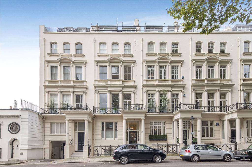 2 Bedrooms Flat for sale in Rutland Gate, London, SW7
