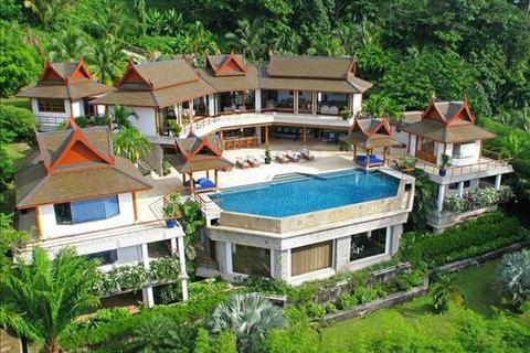 8 bedroom villa  - Three-Level Villa on the Top of Hillside