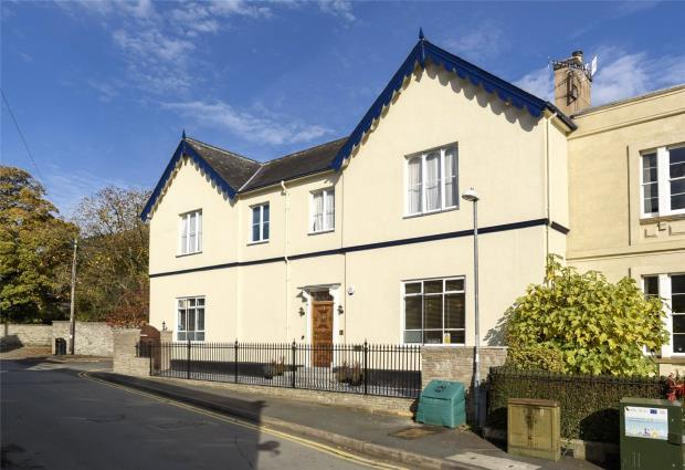 4 Bedrooms House for sale in The Gables, Wylcwm Street, Knighton, Powys