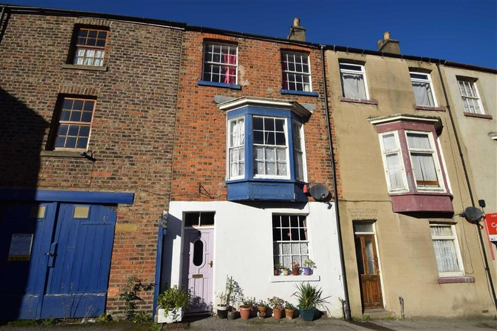 4 Bedrooms Terraced House for sale in Aberdeen Place, Scarborough, North Yorkshire, YO11