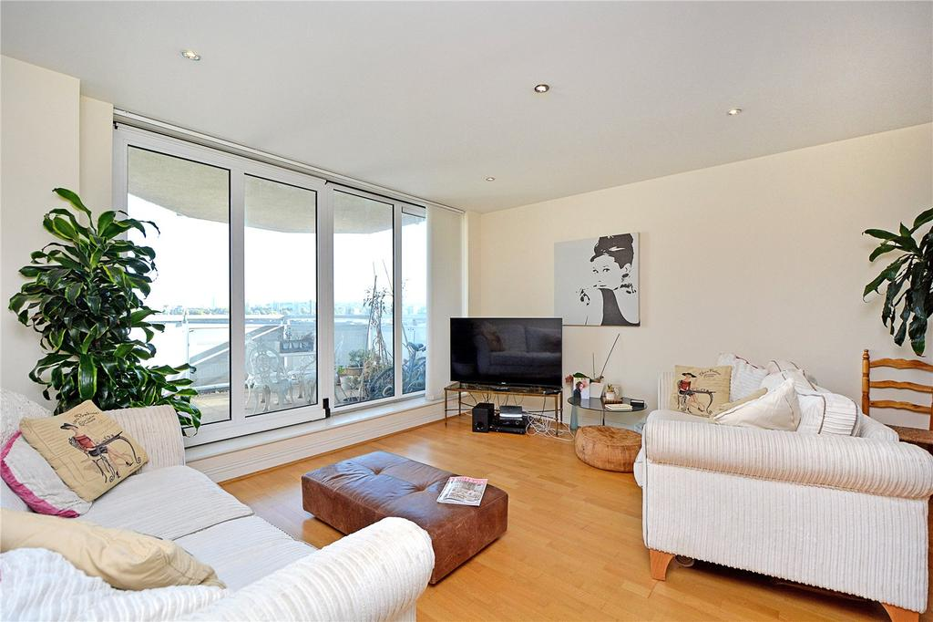 3 Bedrooms Flat for sale in Wards Wharf Approach, London