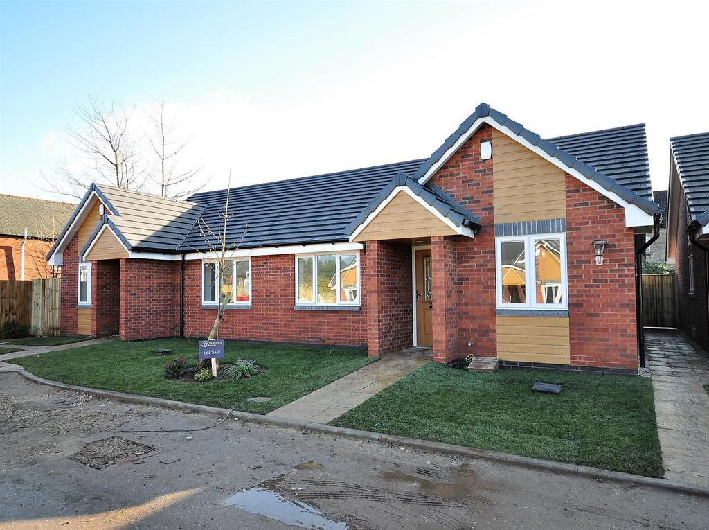 2 Bedrooms Semi Detached Bungalow for sale in Plot 12, Grosvenor Close, (Off Oxclose Lane), Mansfield Woodhouse