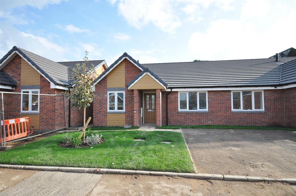 2 Bedrooms Semi Detached Bungalow for sale in Plot 11, Grosvenor Close, (Off Oxclose Lane), Mansfield Woodhouse