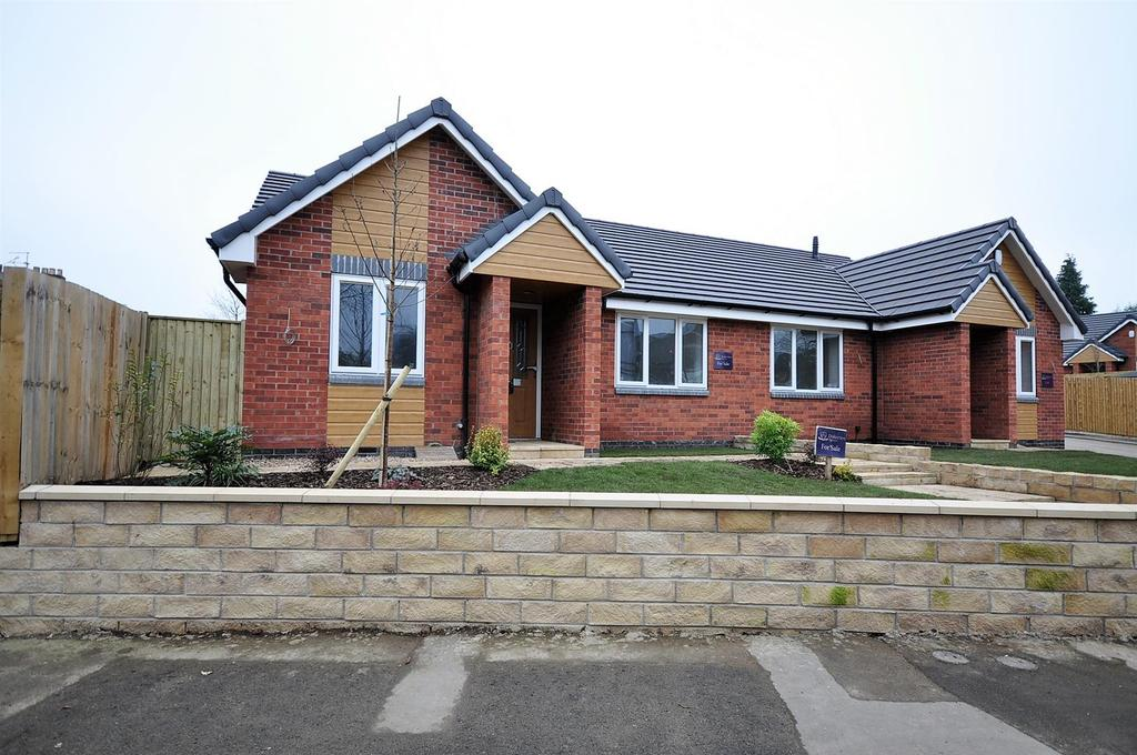 2 Bedrooms Semi Detached Bungalow for sale in Plot 17, Grosvenor Close, (Off Oxclose Lane), Mansfield Woodhouse