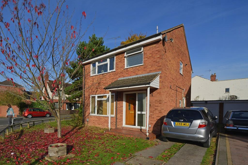 3 Bedrooms Detached House for sale in Wincote Close, Kenilworth