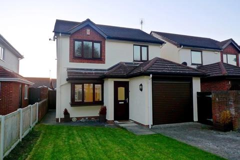 3 bedroom detached house to rent - The Oval, Llandudno