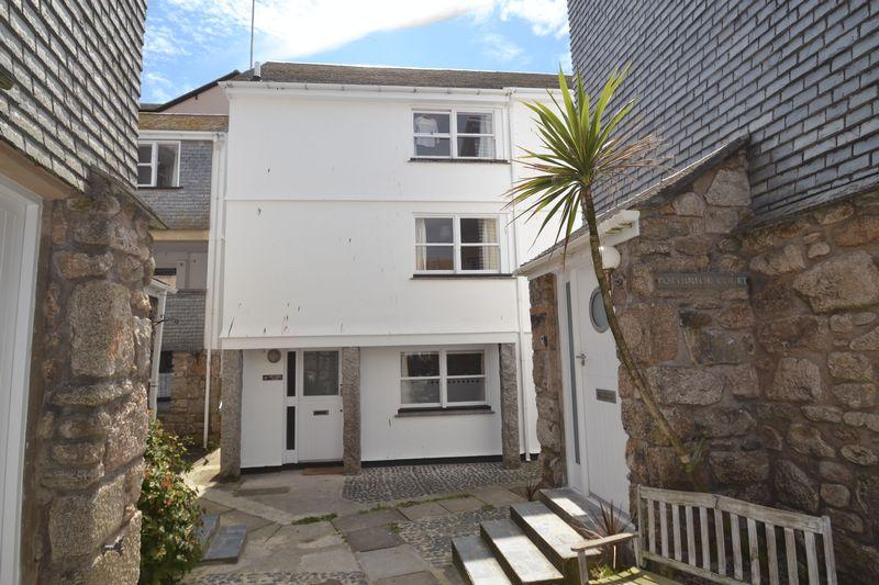 3 Bedrooms Cottage House for sale in Porthmeor Road, St Ives Town, Cornwall