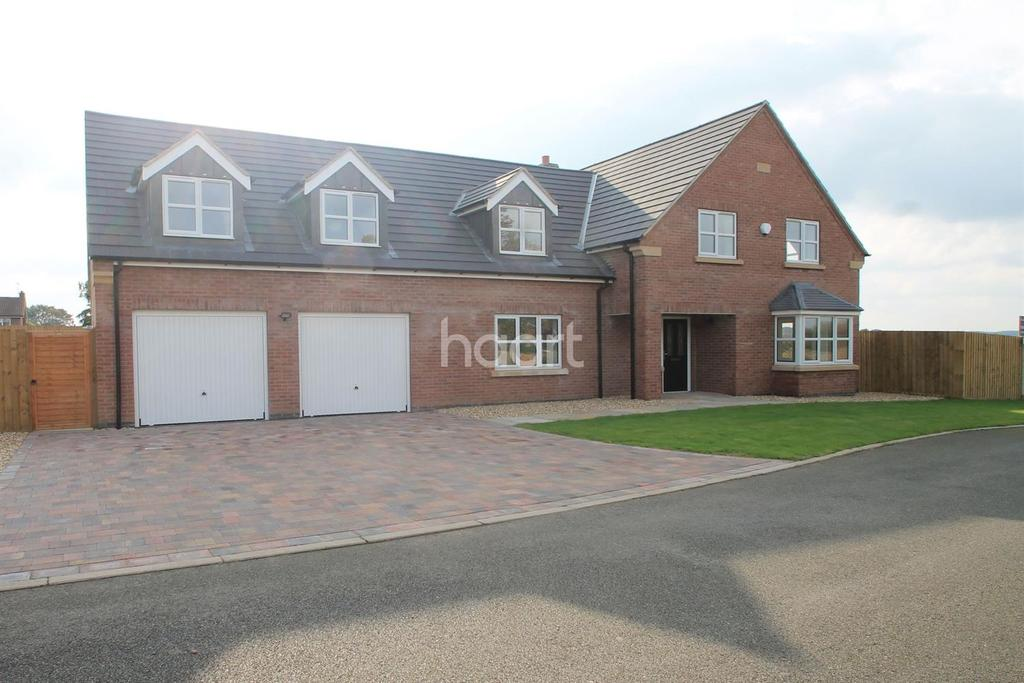 5 Bedrooms Detached House for sale in Kings Acre, North Muskham
