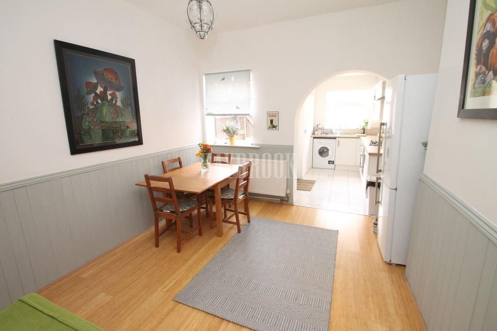 2 Bedrooms Terraced House for sale in Psalters Lane, Kimberworth