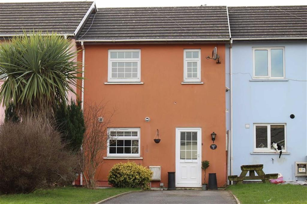 2 Bedrooms Terraced House for sale in Park Avenue, Kilgetty